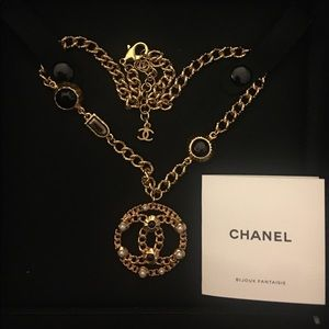 💯 Guaranteed Authentic 18K gold Chanel Necklace